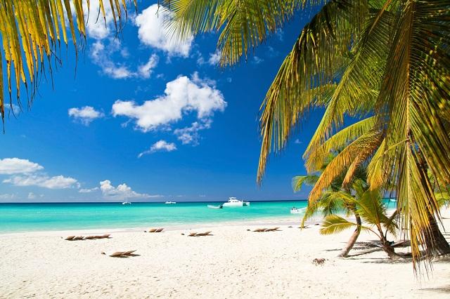 ¿Por qué la arena blanca del Caribe NO QUEMA?
